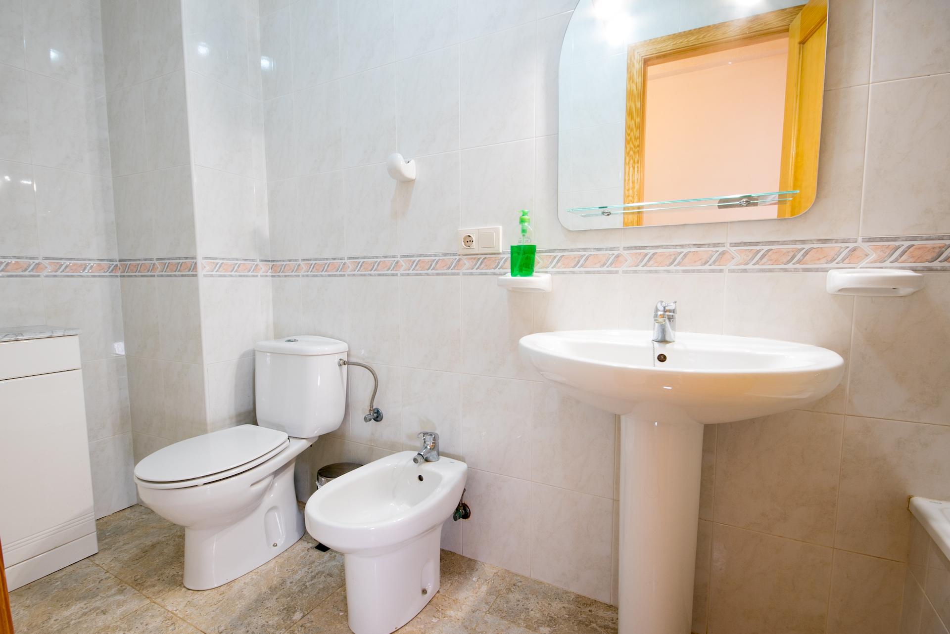 Caudiel - Casa Maestro - baño con bañera imagen 2