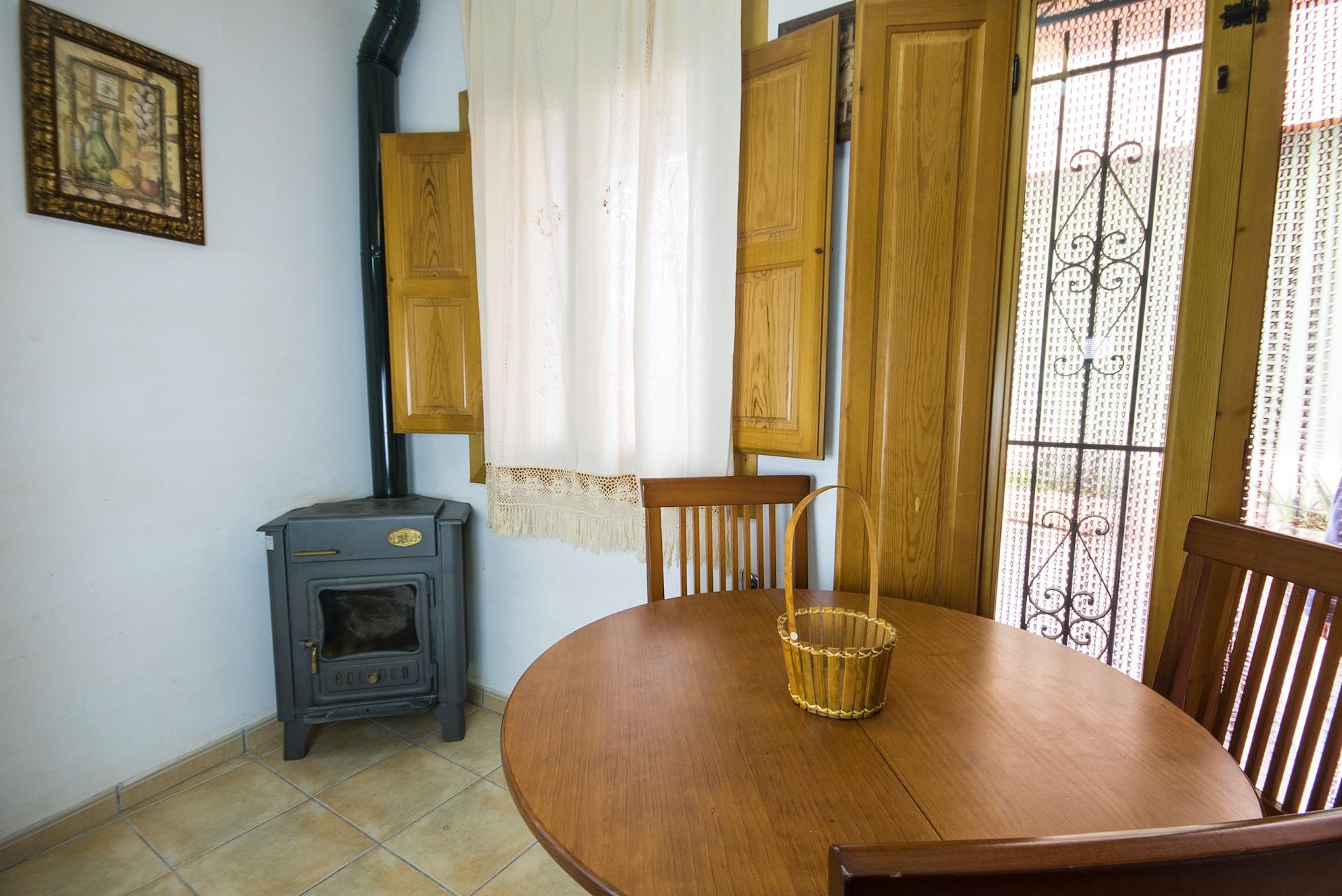Caudiel - Casa Vista Alegre - Estufa de Leña